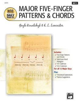 Daily Warm-Ups, Set 1: Major Five-Finger Patterns & Chords (AL-00-22373)